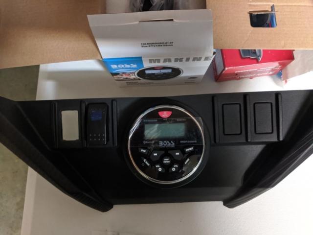 Boss Marine Stereo with 4 x 60 Watts