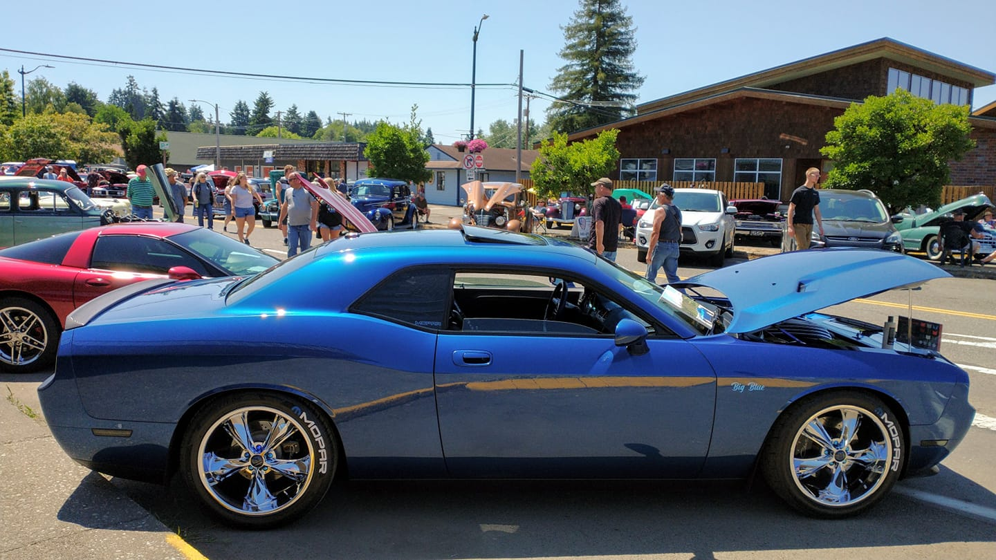 My brothers 2009 Dodge Challenger